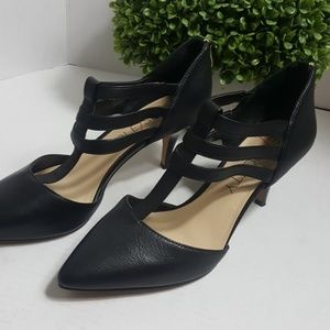 Sole Society Mallory T-strap leather heels black